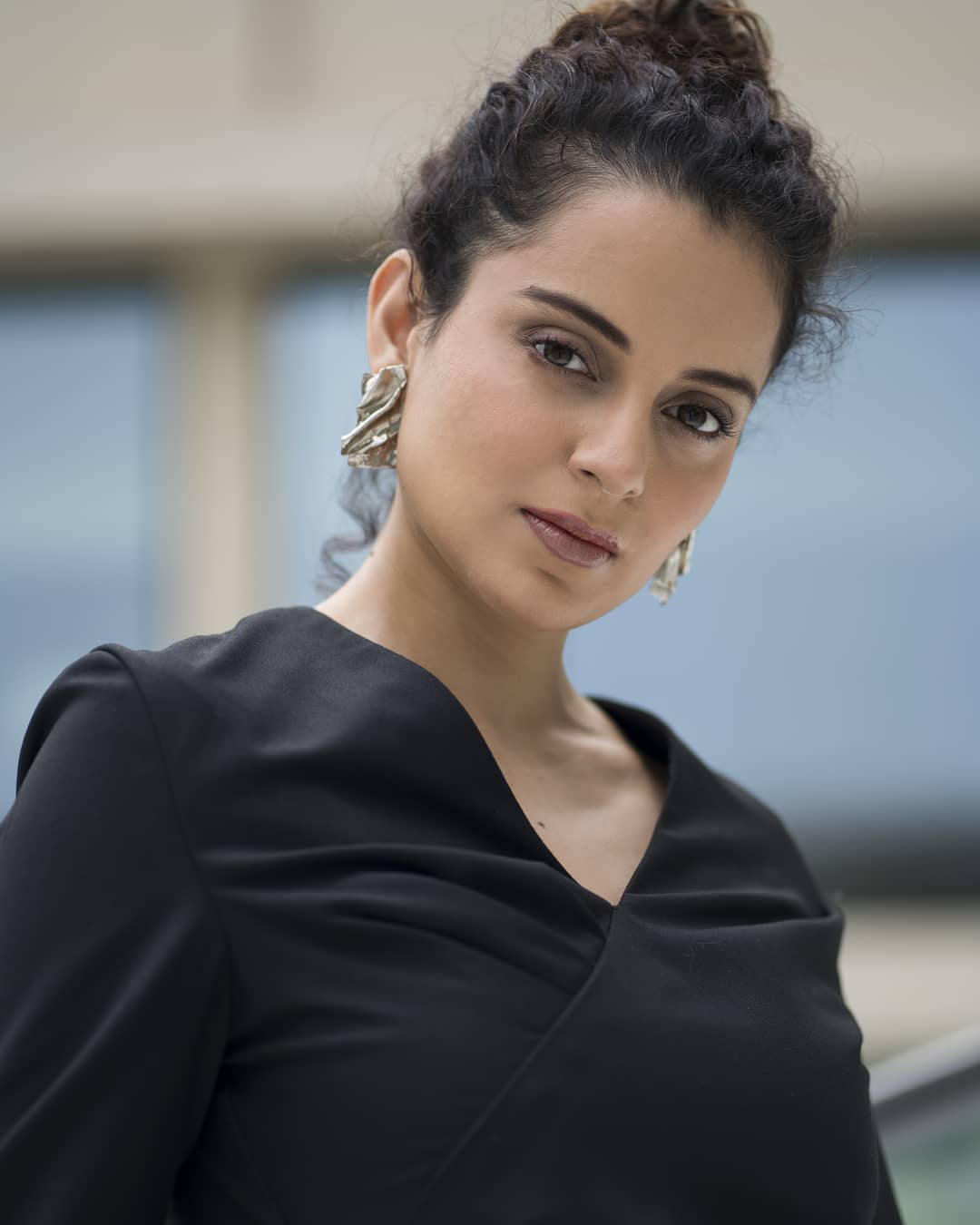 Kangana Ranaut Biography Age Family Latest Hot Photos 2020, Photos, Videos, Full Movie Watch Online Free Down Load Leaked By Tamilrockers, Down Load Torrent Telegram File Link