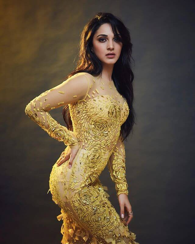 Kiara Advani Biography Age Family Latest Hot Photos 2020, Photos, Videos, Full Movie Watch Online Free Down Load Leaked By Tamilrockers, Down Load Torrent Telegram File Link