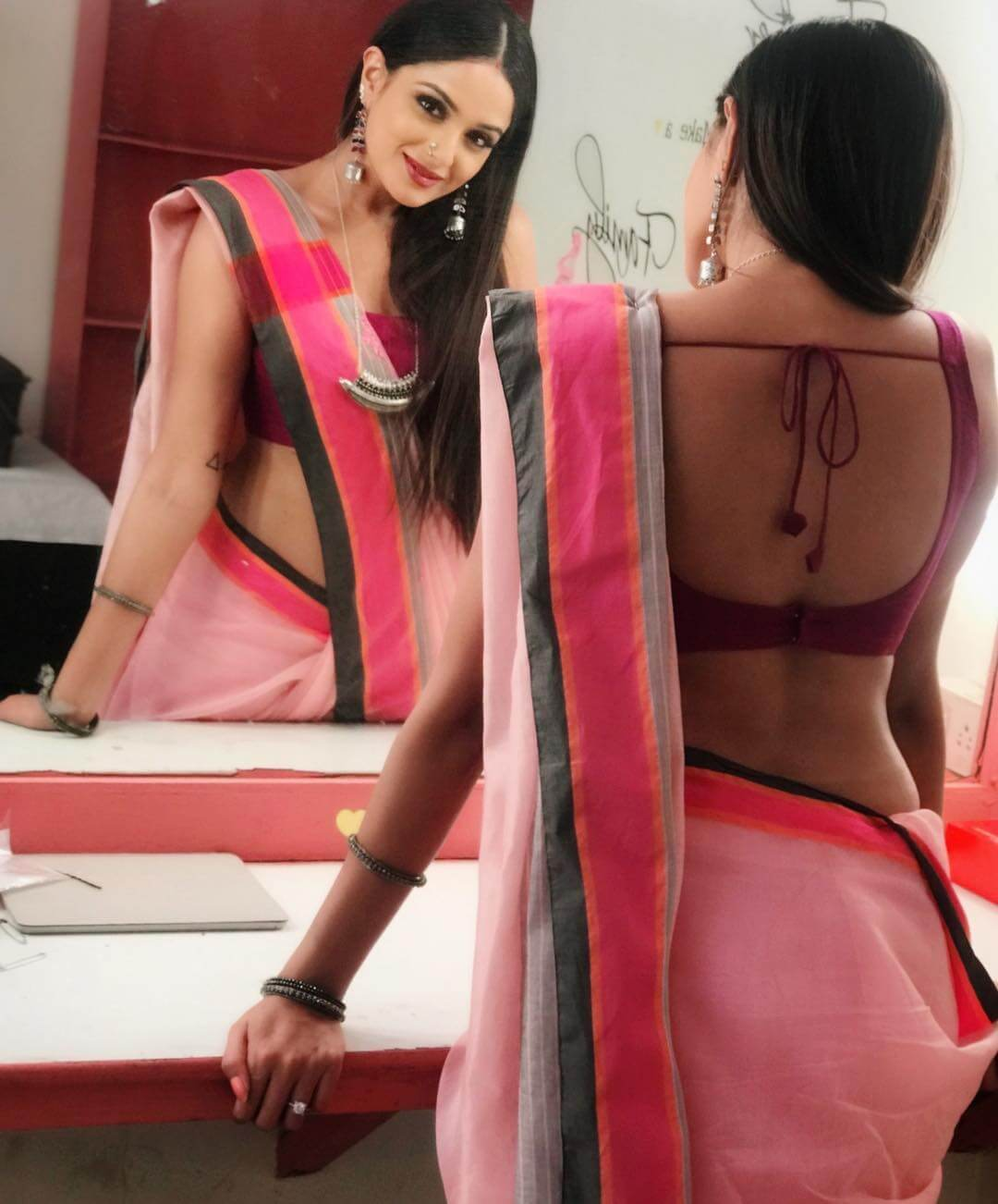 asmita sood looking hot in pink saree stunning look