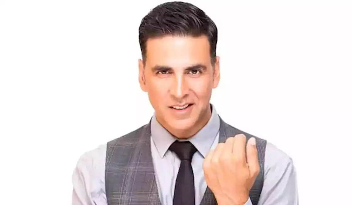 Akshay Kumar Bollywood Actor Biography Family Age Birthdate Wife Sister Daughter Son Net Worth Upcoming Movies Webseries Life Story Father Family Girlfriend Hometown