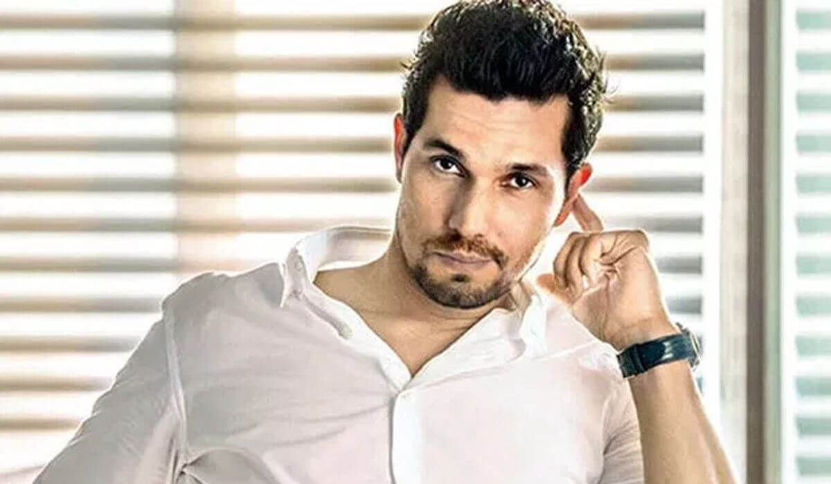 Randeep Hooda Bollywood Actor Biography Family Age Birthdate Wife Sister Daughter Son Net Worth Upcoming Movies Webseries Life Story Father Family Girlfriend Hometown