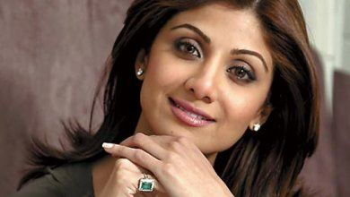 Shilpa Shetty Biography, Age, Birthdate, Birthday, Wiki, Height, Sister, Imdb, Movies, Hot HD Photos, Boyfriend, Sister, Family, Networth, Income, Upcoming Movies,