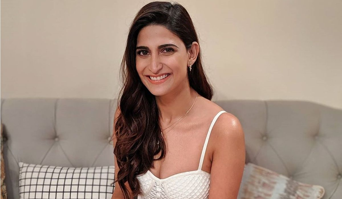 Aahana Kumra Actress Biography Bikini Photo Age Birthday Boyfriend Movies Family Hot HD Pics Videos
