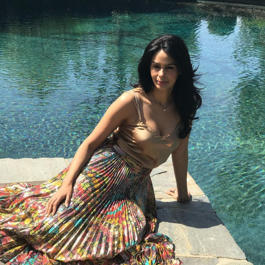 Bollywood actress Mallika Sherawat latest hot bold photos.., Photos, Videos, Full Movie Watch Online Free Down Load Leaked By Tamilrockers, Down Load Torrent Telegram File Link